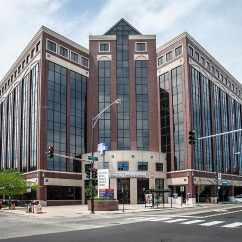Advocate Illinois Masonic Pain Management Center