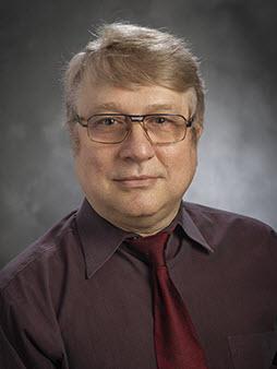 Leonard  Ginzburg