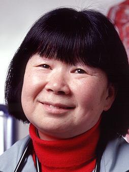 Sue J Lee