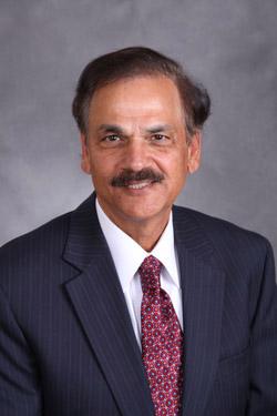 Ramesh R Khanna, M.D. -