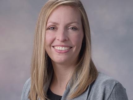 Photo of Sarah Marshall, NP of Medicine